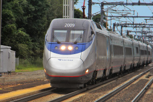 Acela_old_saybrook_ct_summer2011