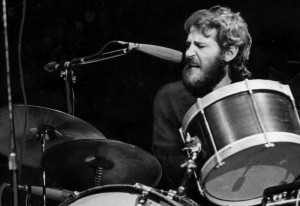 Levon Helm, seen in this 1970 file photo, a singer and drummer for the rock group the Band, has died, April 19, 2012 at age 71. (Los Angeles Times/MCT)